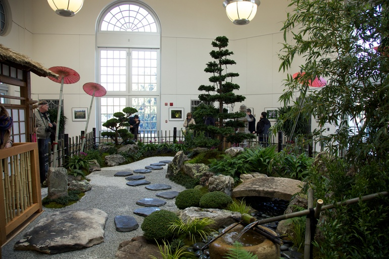 An indoor zen garden at the us botanic garden for Garden pool zen area